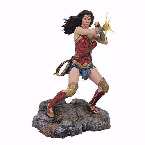 """Wonder Woman  9"""" PVC Figure - פסל וונדר וומן"""